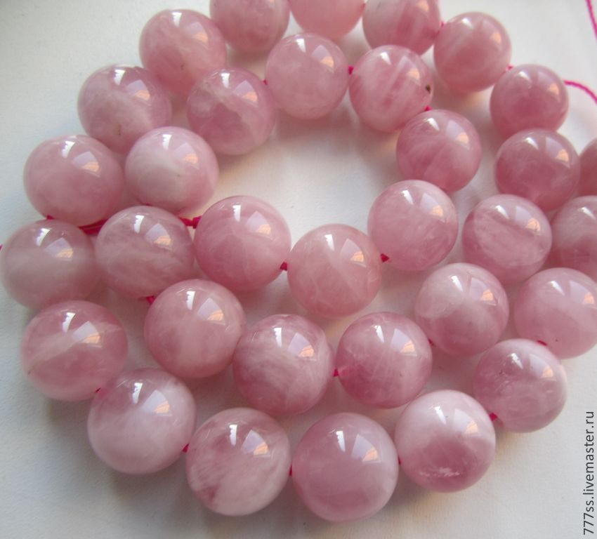 фото розовый кварц камень
